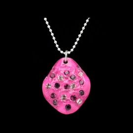 Nevada Fuchsia Elongated Medallion Pendant